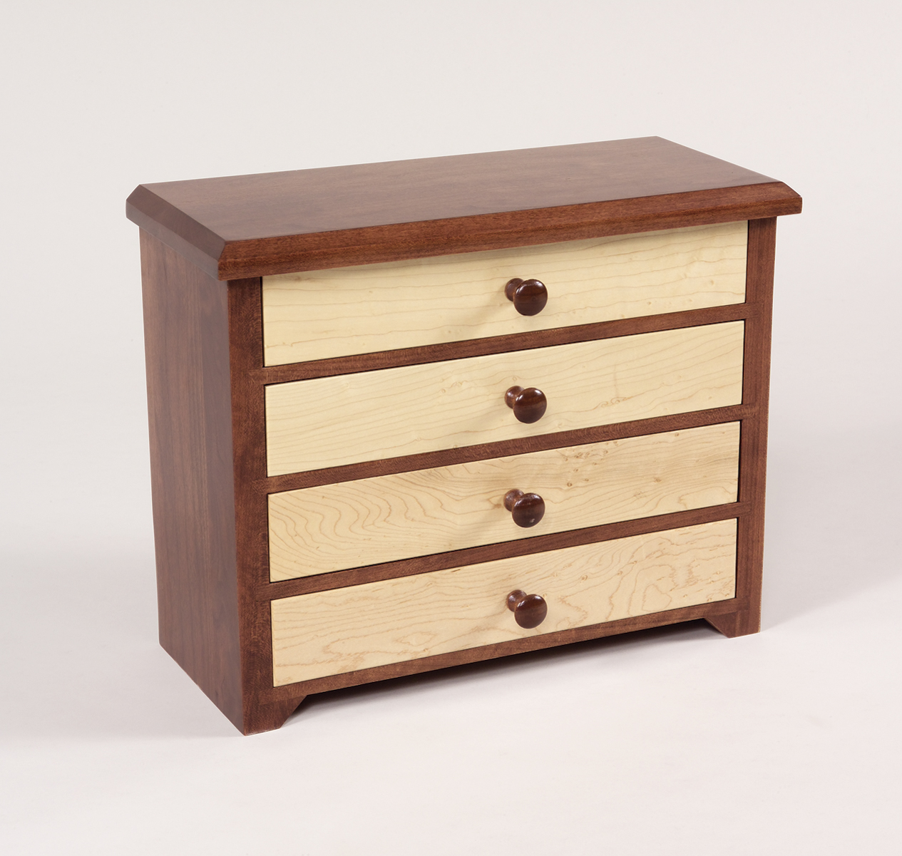 4 drawer shaker jewelry chest amish valley products. Black Bedroom Furniture Sets. Home Design Ideas